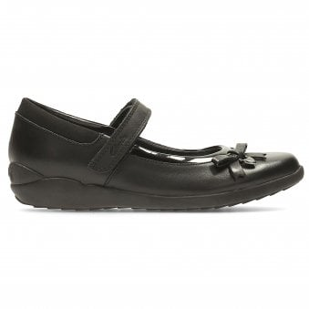 Extra Wide School Shoes