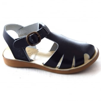 EARWYN CLOSED TOE SANDAL
