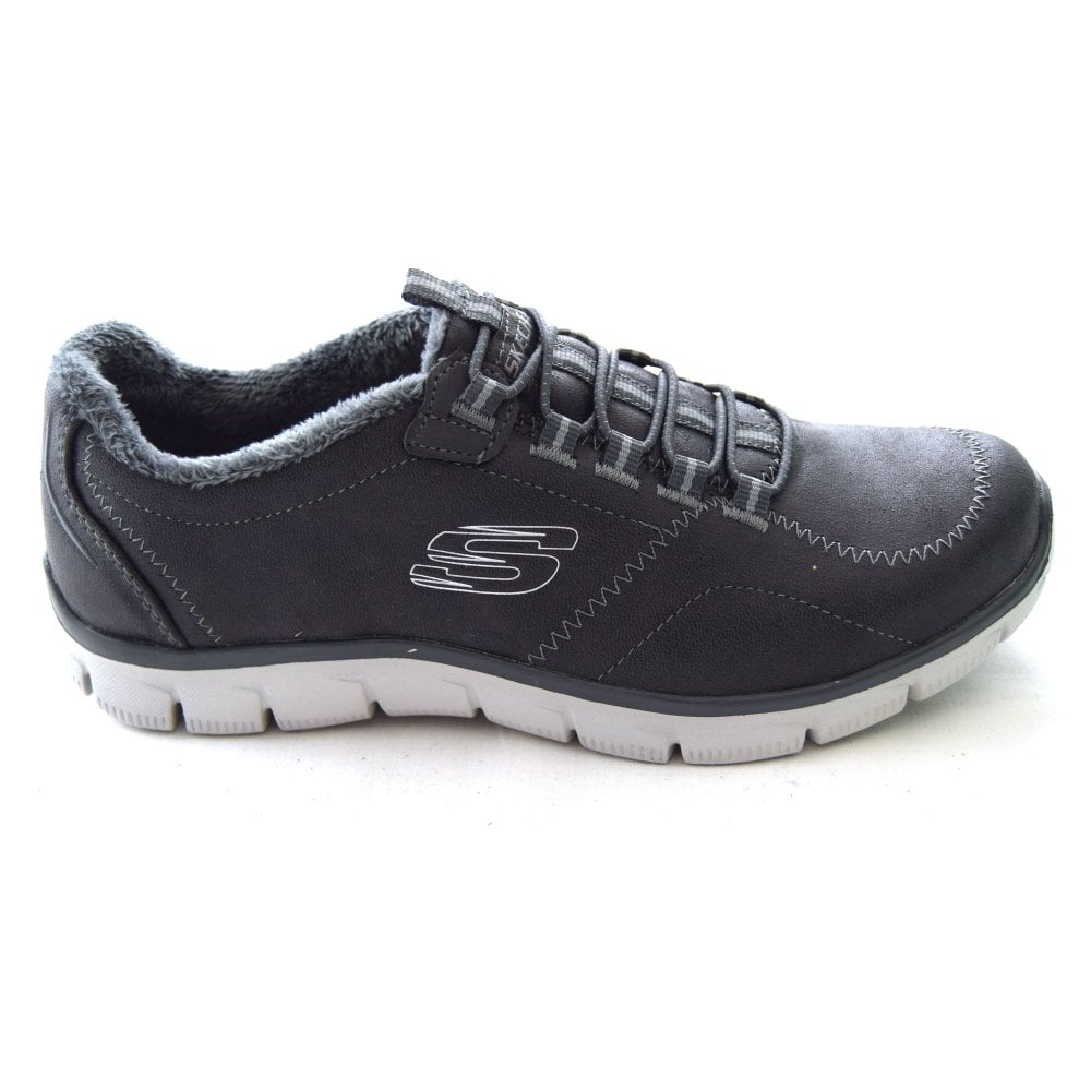 Skechers LATEST NEWS LADIES SNEAKER - Womens Footwear from WJ French ... 814c1a88307d
